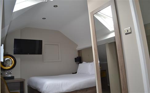 Crabwall Manor Hotel and Spa – HotelREZ Hotels & Resorts